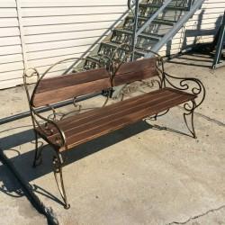 Кованая уличная скамейка